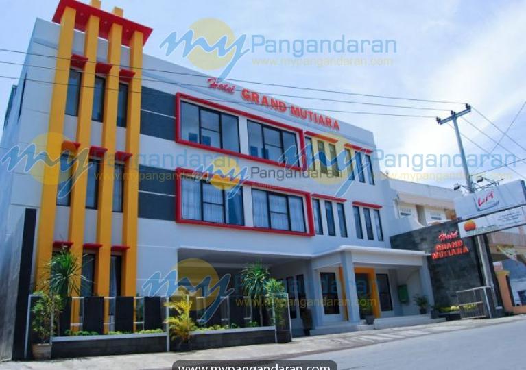 Tampilan Luar Grand Mutiara Hotel Pangandaran